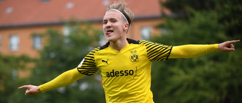 """""""To the curiosity of Dortmund; I had ambition to come back first in Ajax"""""""